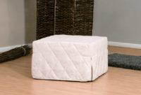 Il classico pouf letto che ben coniuga esigenze funzionali ed estetiche, rete elettrosaldata e facilmente trasformabile in comodo letto.